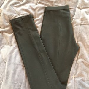 Elite Tahari Olive Leggings